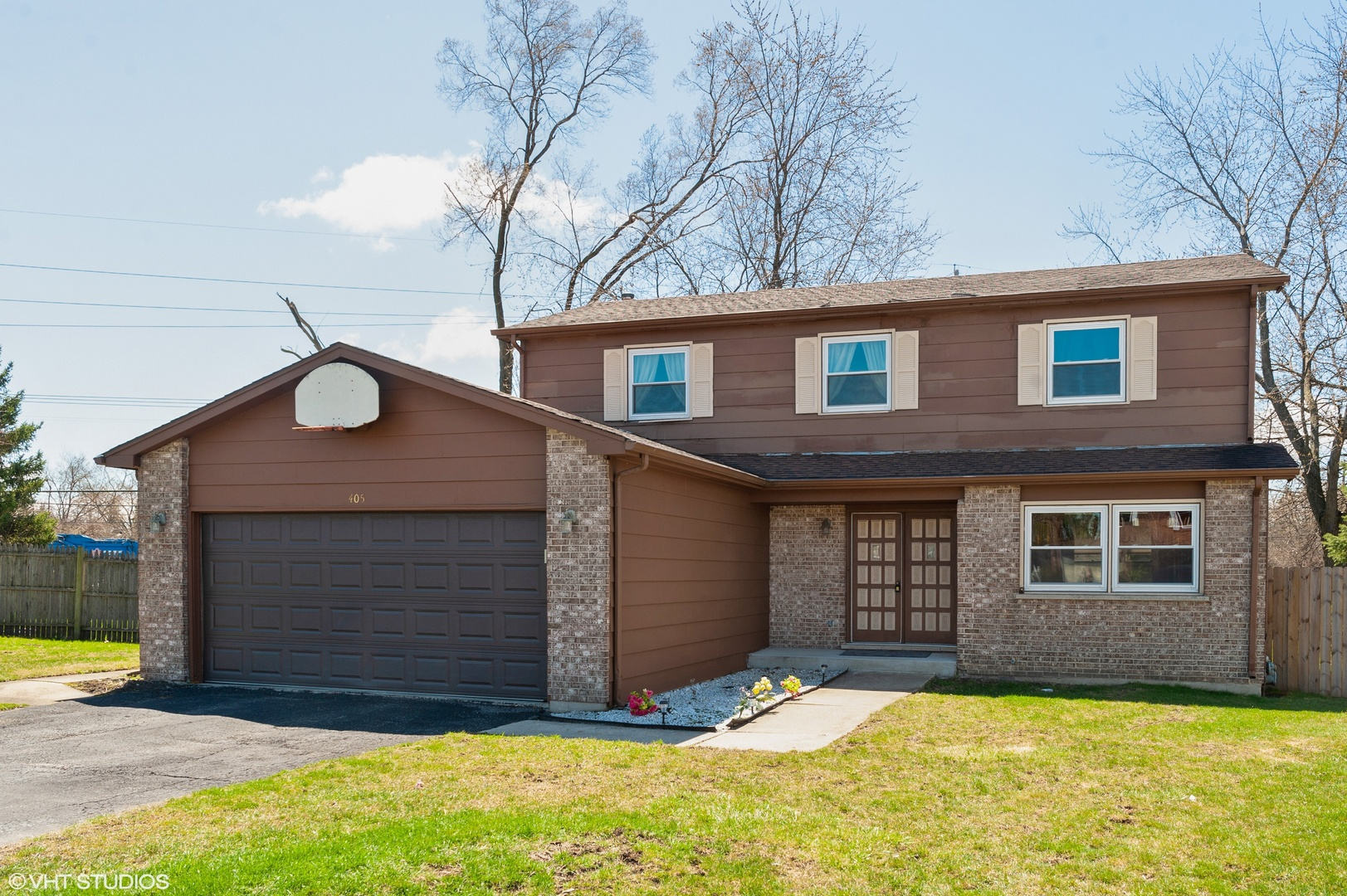 One of Wheeling 4 Bedroom Homes for Sale at 405 JEFFERSON Court