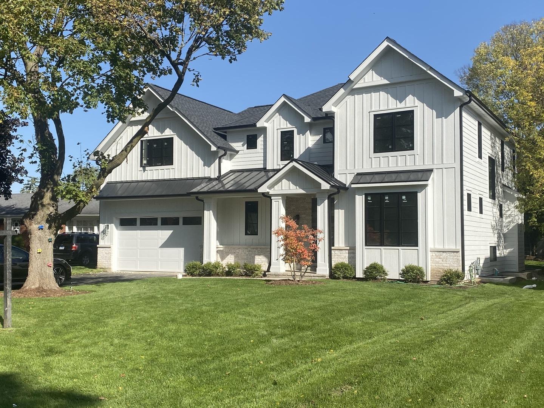 631 Garden Court Glenview, IL 60025