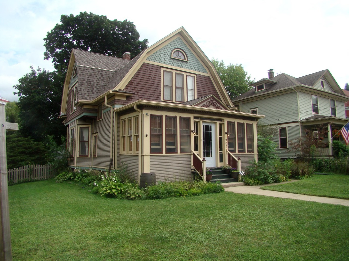 235 Hamilton Avenue, Elgin, Illinois