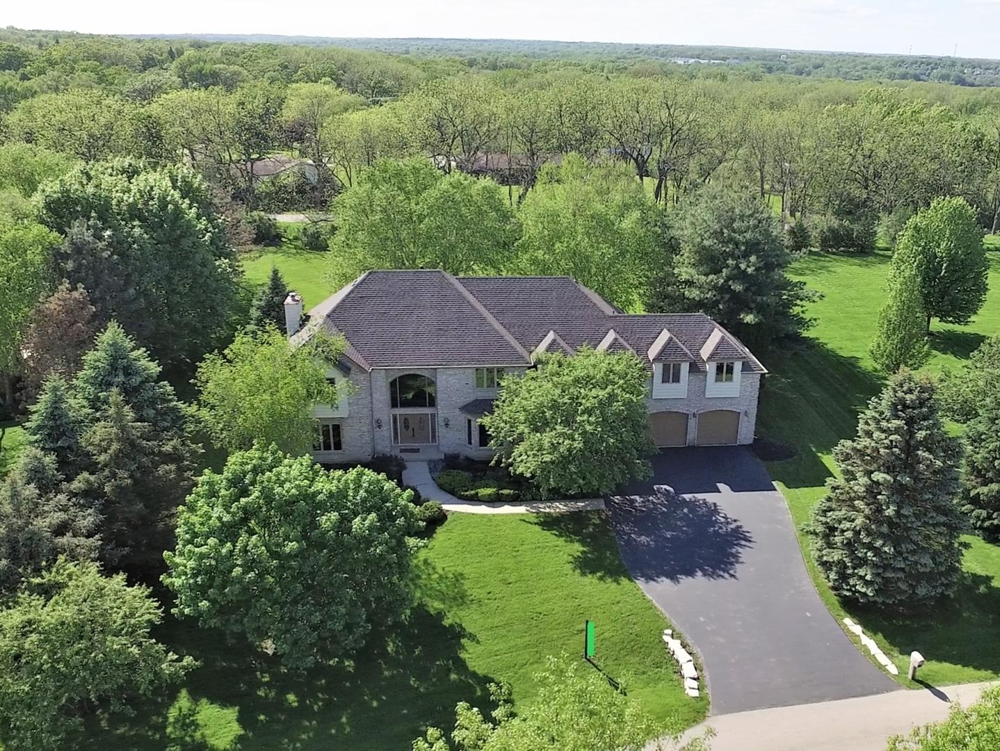 3611 Tamarack Circle, Crystal Lake, Illinois