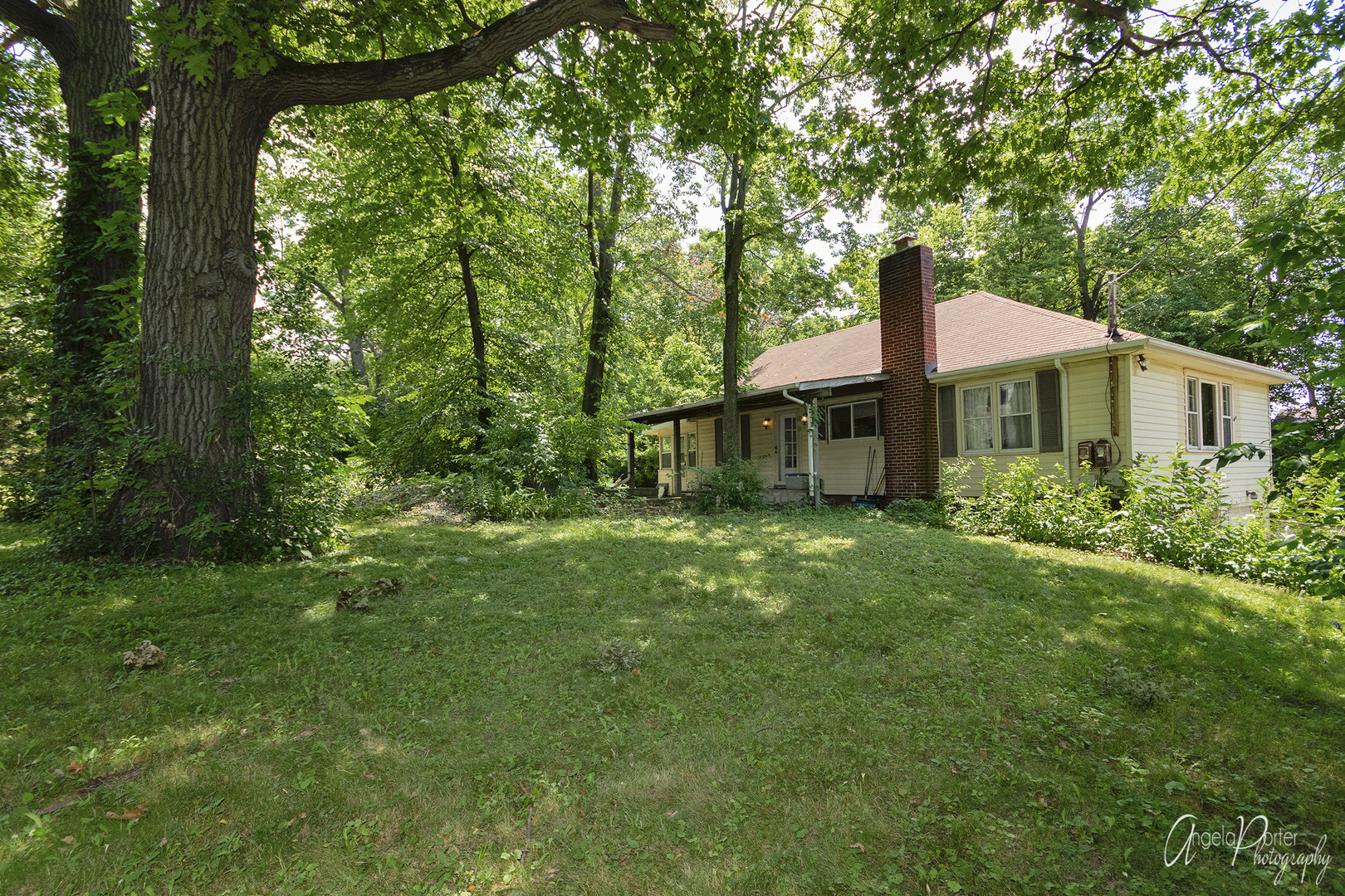 26211 West Spring Grove Road, Antioch, Illinois