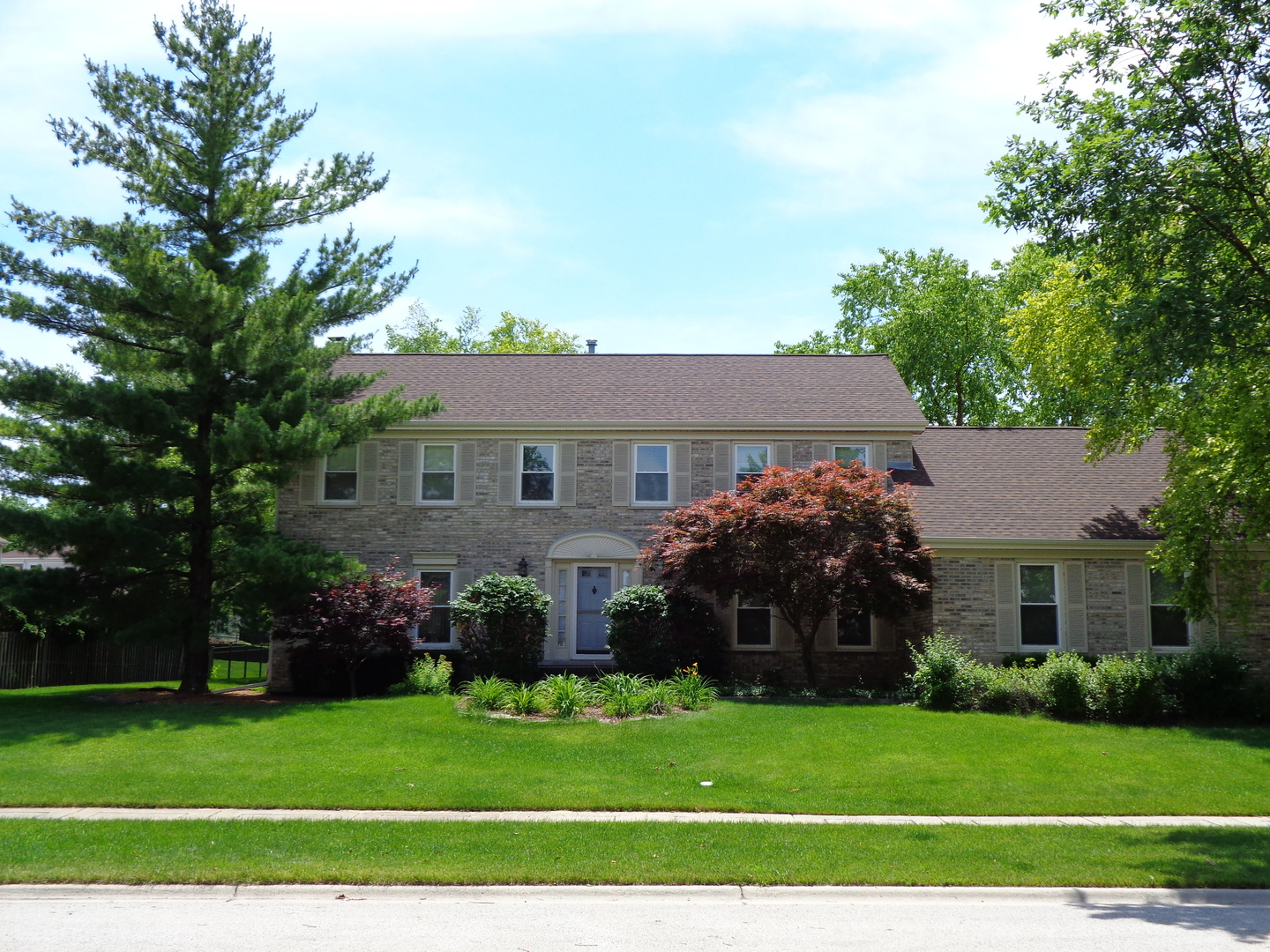 17 Cherrywood Drive, Schaumburg, Illinois