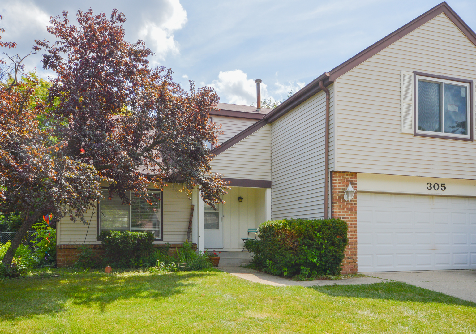 305 Horatio Boulevard, Buffalo Grove in Lake County, IL 60089 Home for Sale