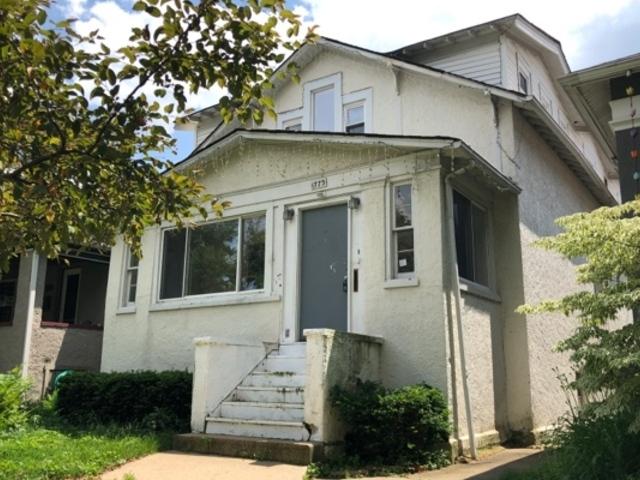 1773 West Arthur Avenue, Rogers Park, Illinois