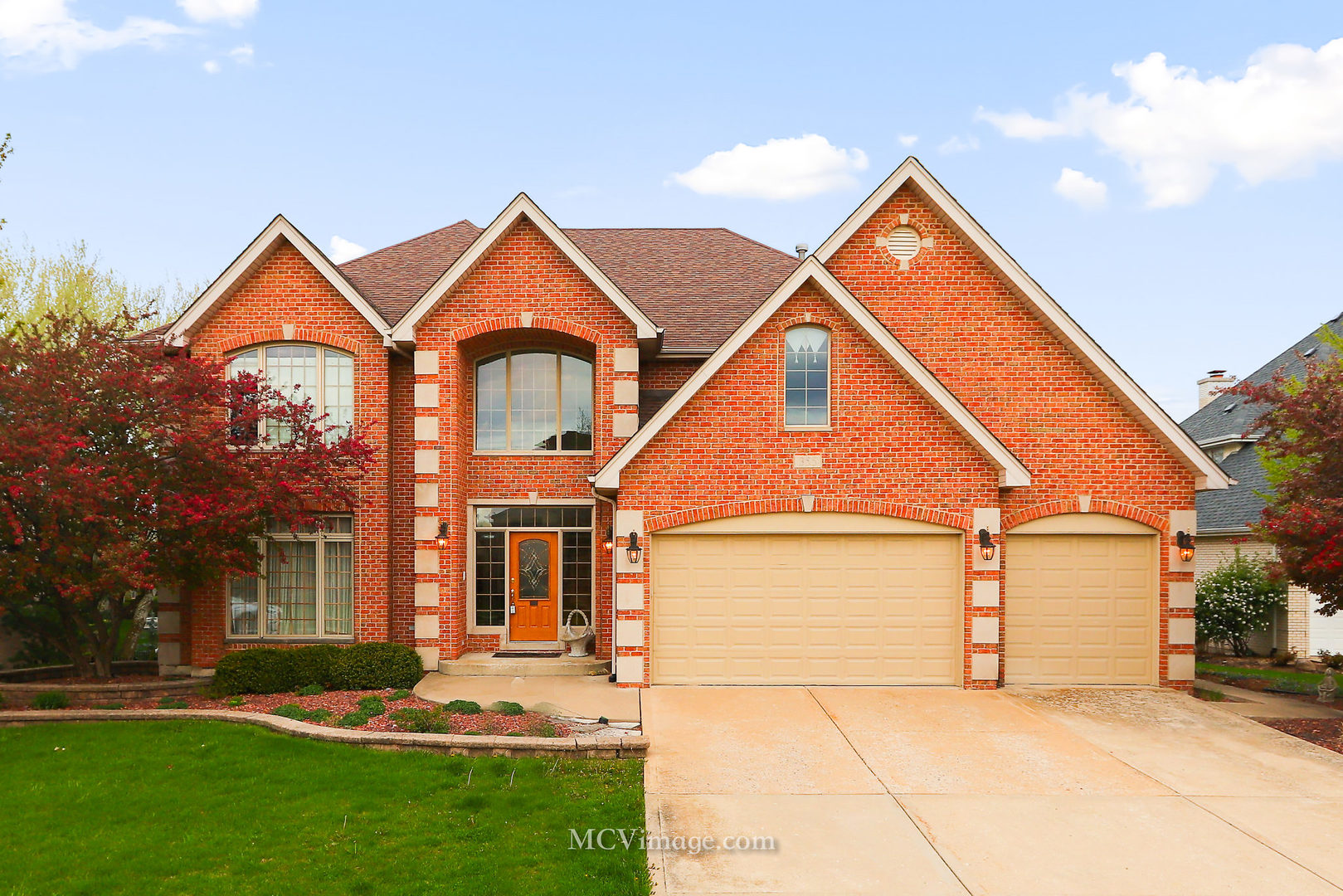 355 Galway Court, Bloomingdale, Illinois