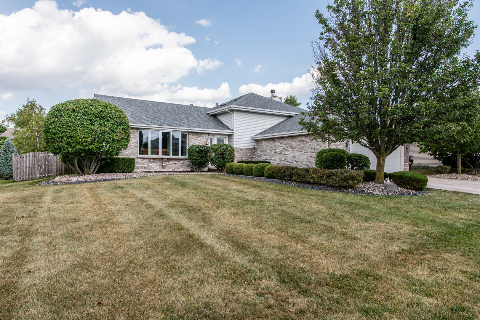 2590 Daniel Lewis Drive, New Lenox in Will County, IL 60451 Home for Sale
