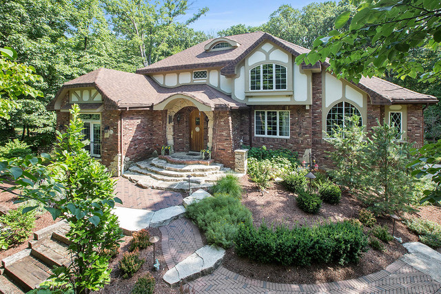 16735 South Ashley Court, Homer Glen, Illinois
