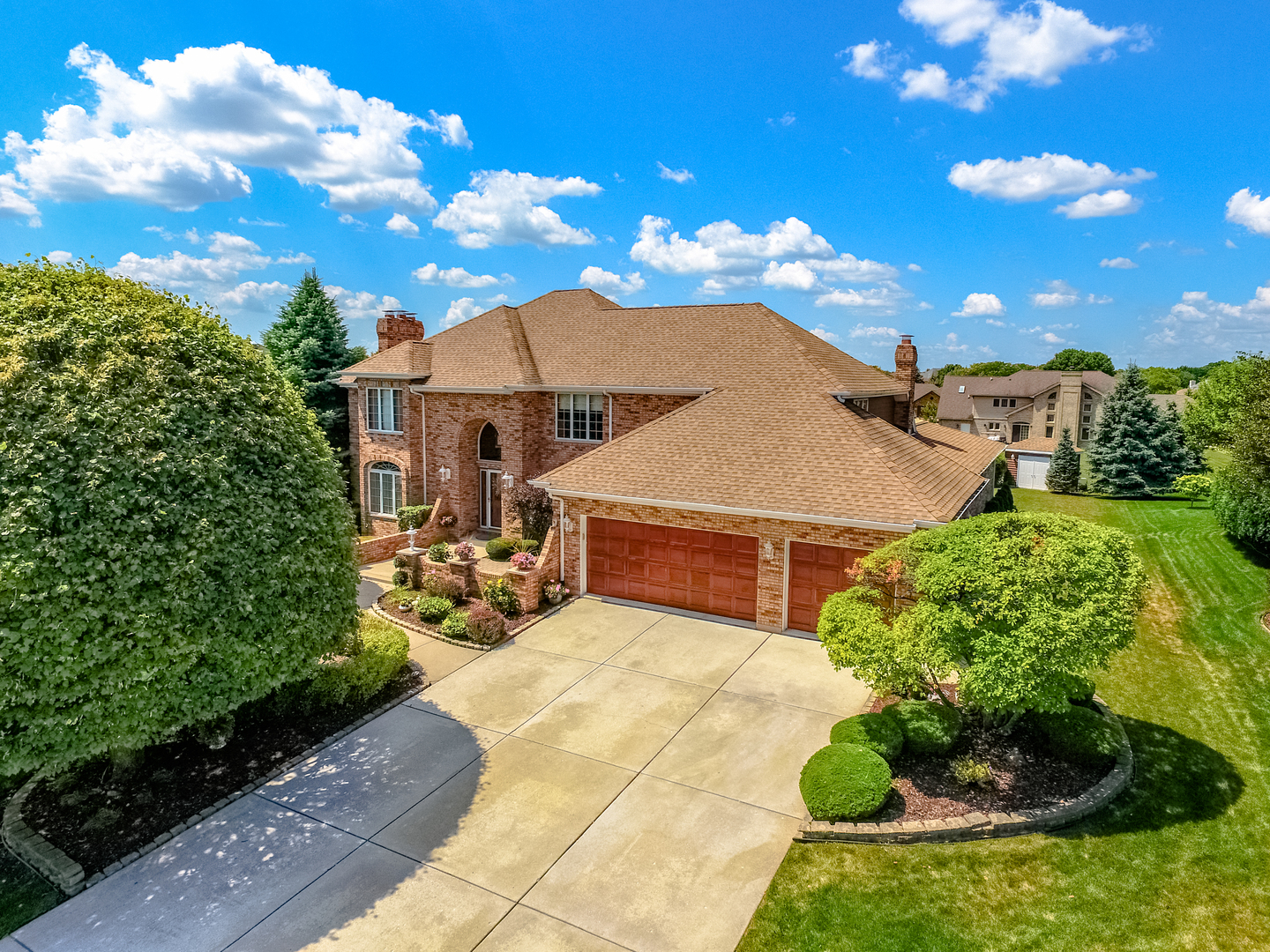 16860 Pineview Drive, Homer Glen, Illinois