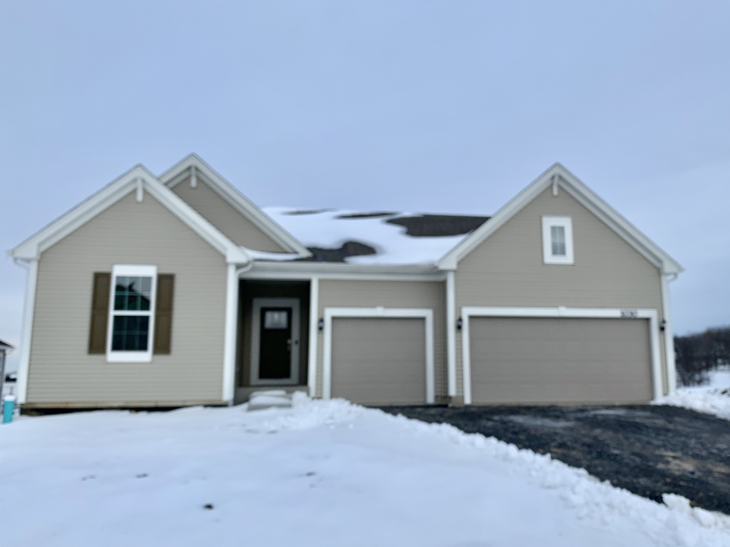 1030 Sugar Maple Drive, Crystal Lake, Illinois