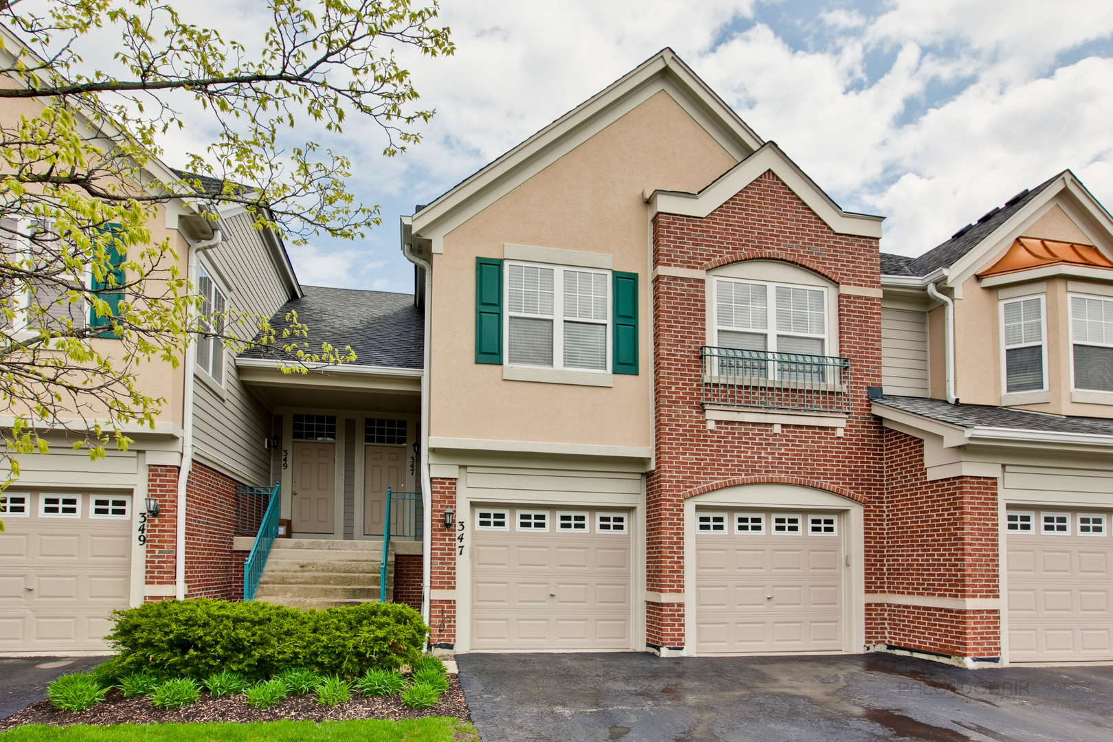 347 Pine Lake Circle, Vernon Hills, Illinois