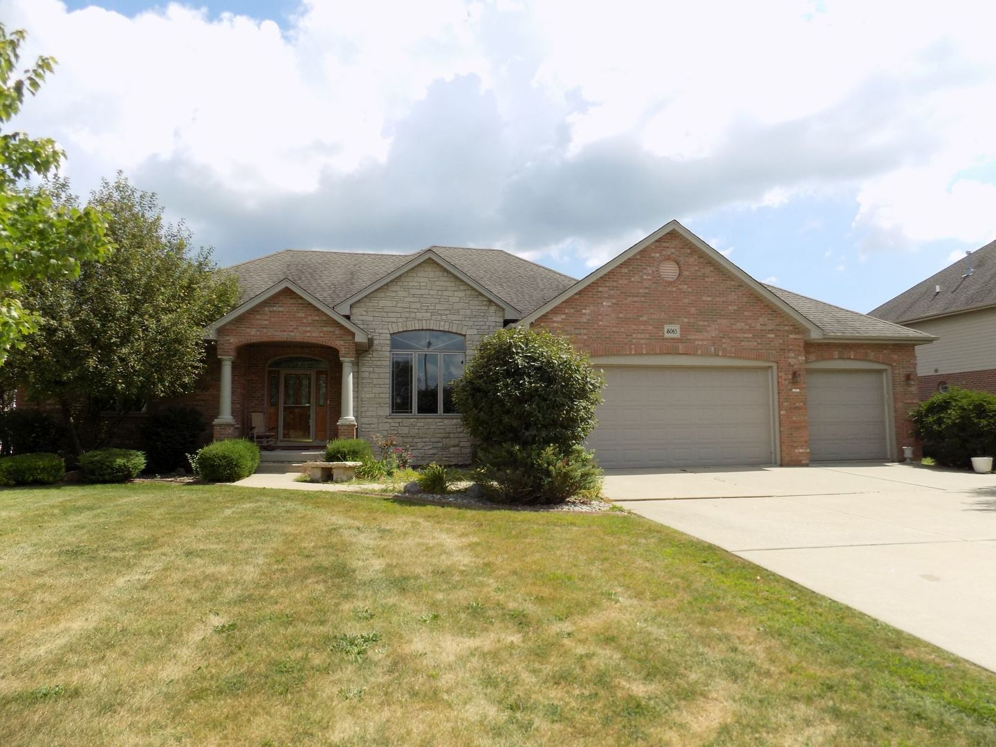 16065 West Red Cloud Drive, Lockport, Illinois
