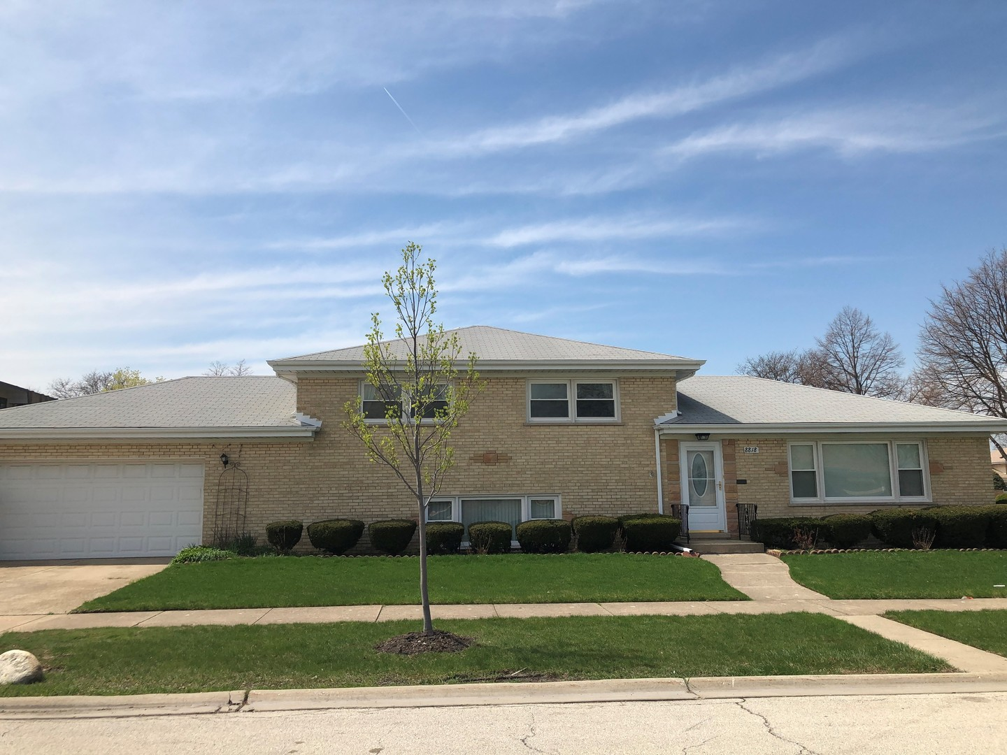 8818 OTTAWA Avenue, Morton Grove, Illinois