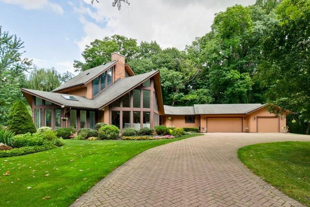 15570 West ROCKLAND Road, Libertyville, Illinois