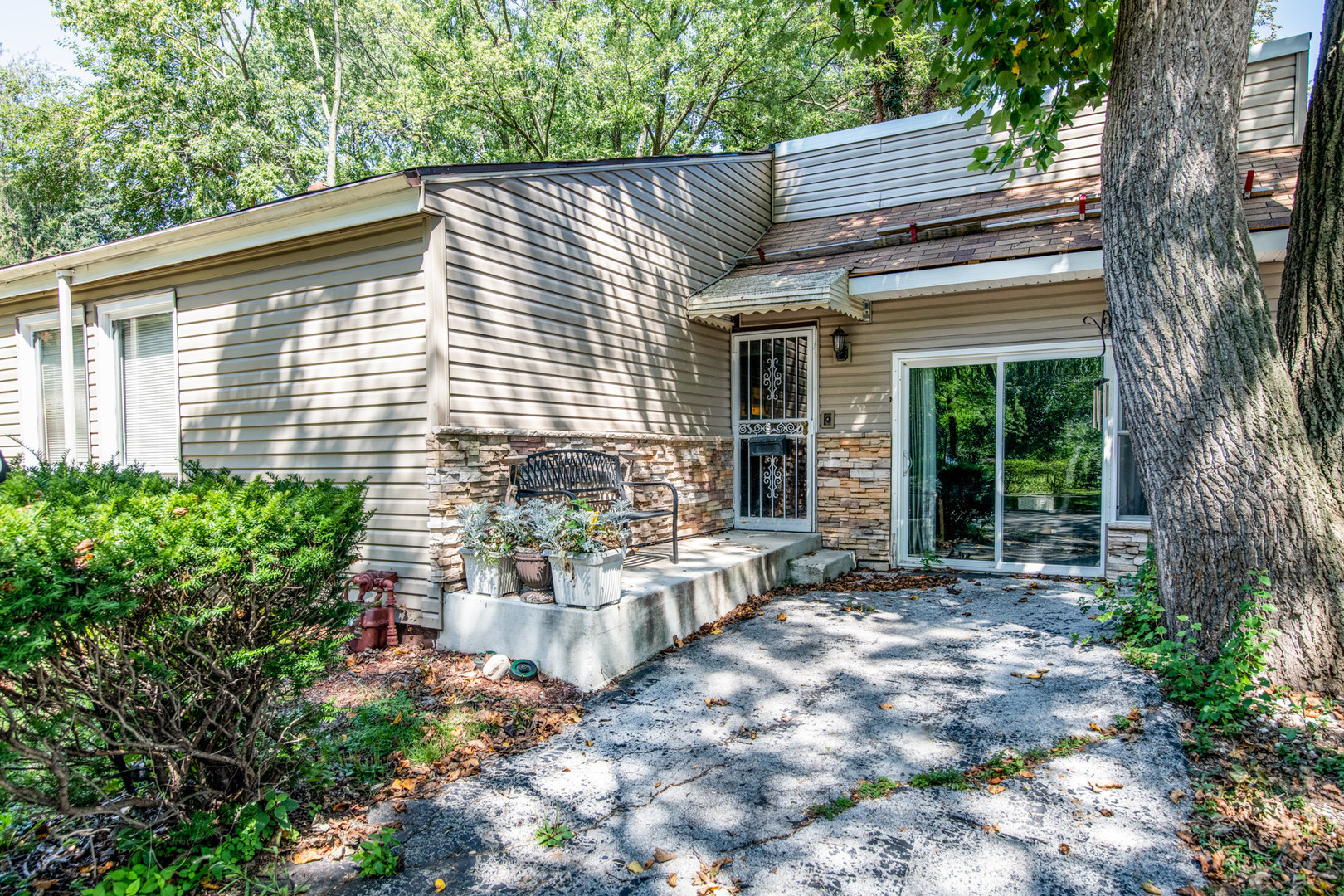 10560 South Prospect Avenue, Beverly-Chicago in Cook County, IL 60643 Home for Sale