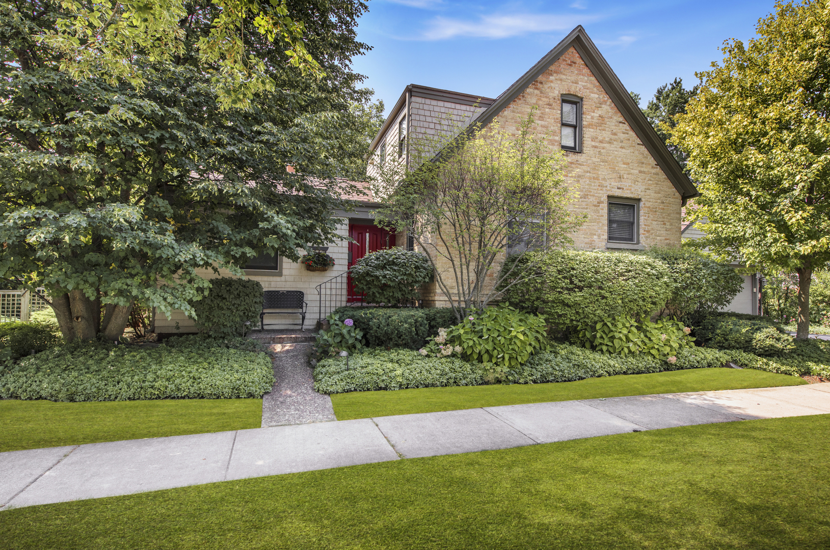 878 Ridge Road, Highland Park, Illinois