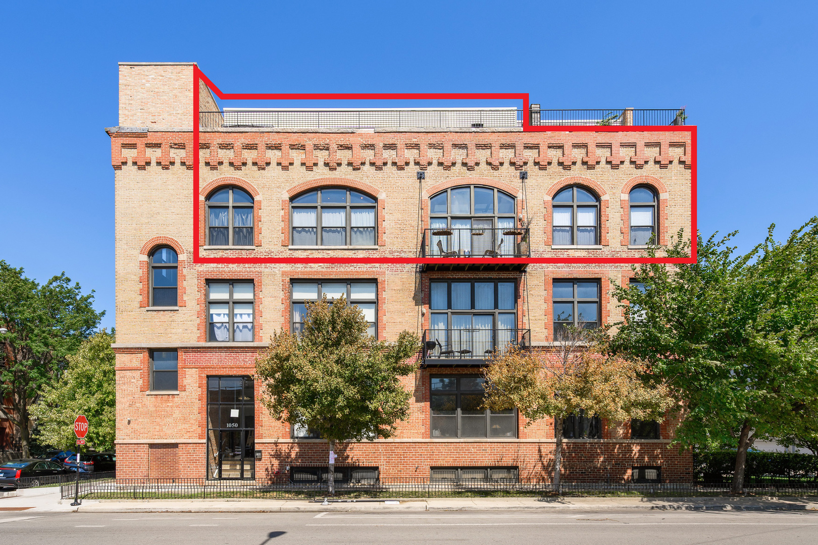 1050 West HUBBARD Street, Bucktown, Illinois