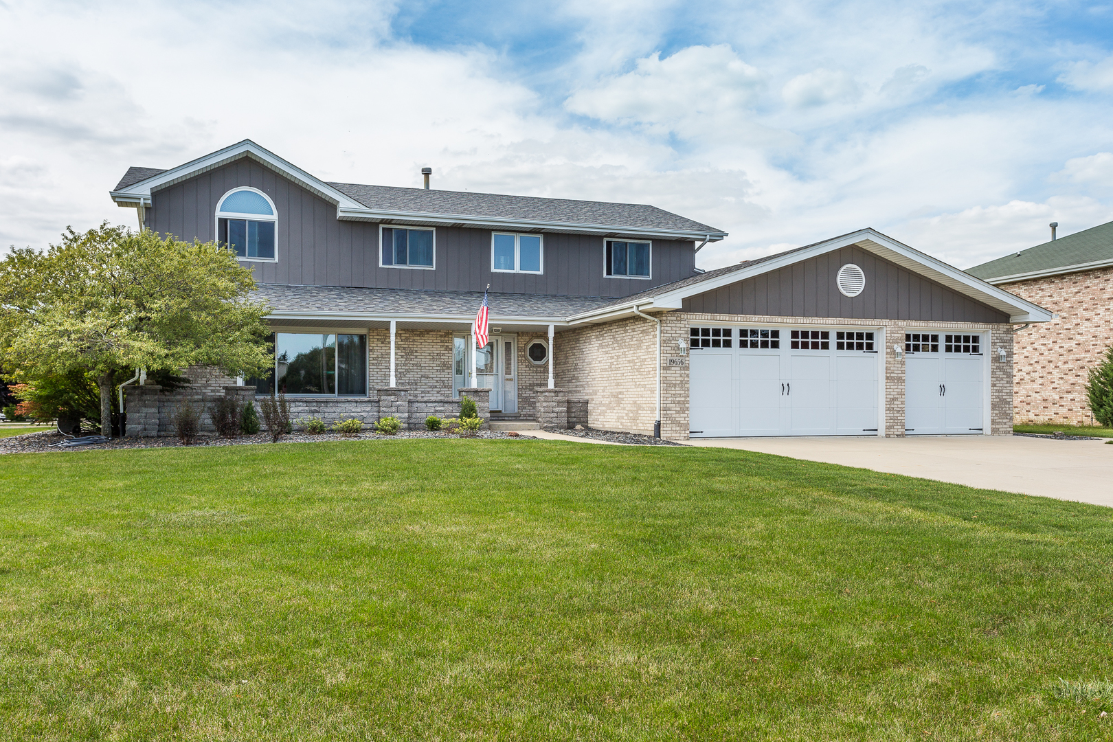 One of Mokena 5 Bedroom Homes for Sale at 19656 Buckingham Drive