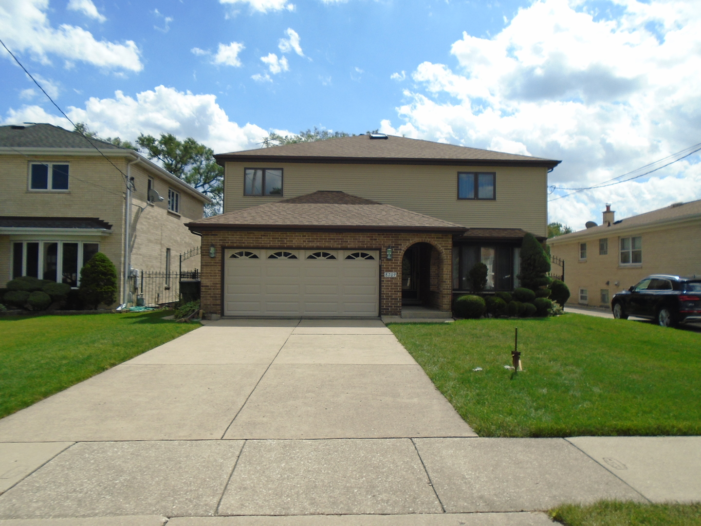 8709 West Stolting Road, Niles, Illinois