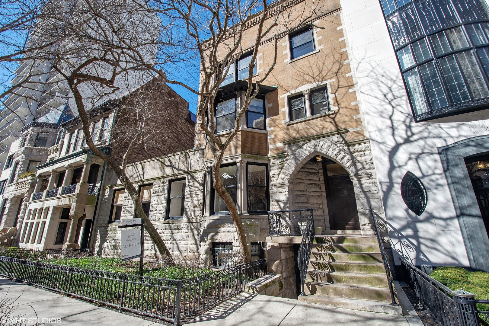 1442 North Astor Street, Near North Side Chicago, Illinois