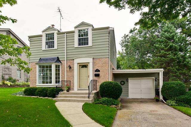 430 Briar Place, Libertyville, Illinois