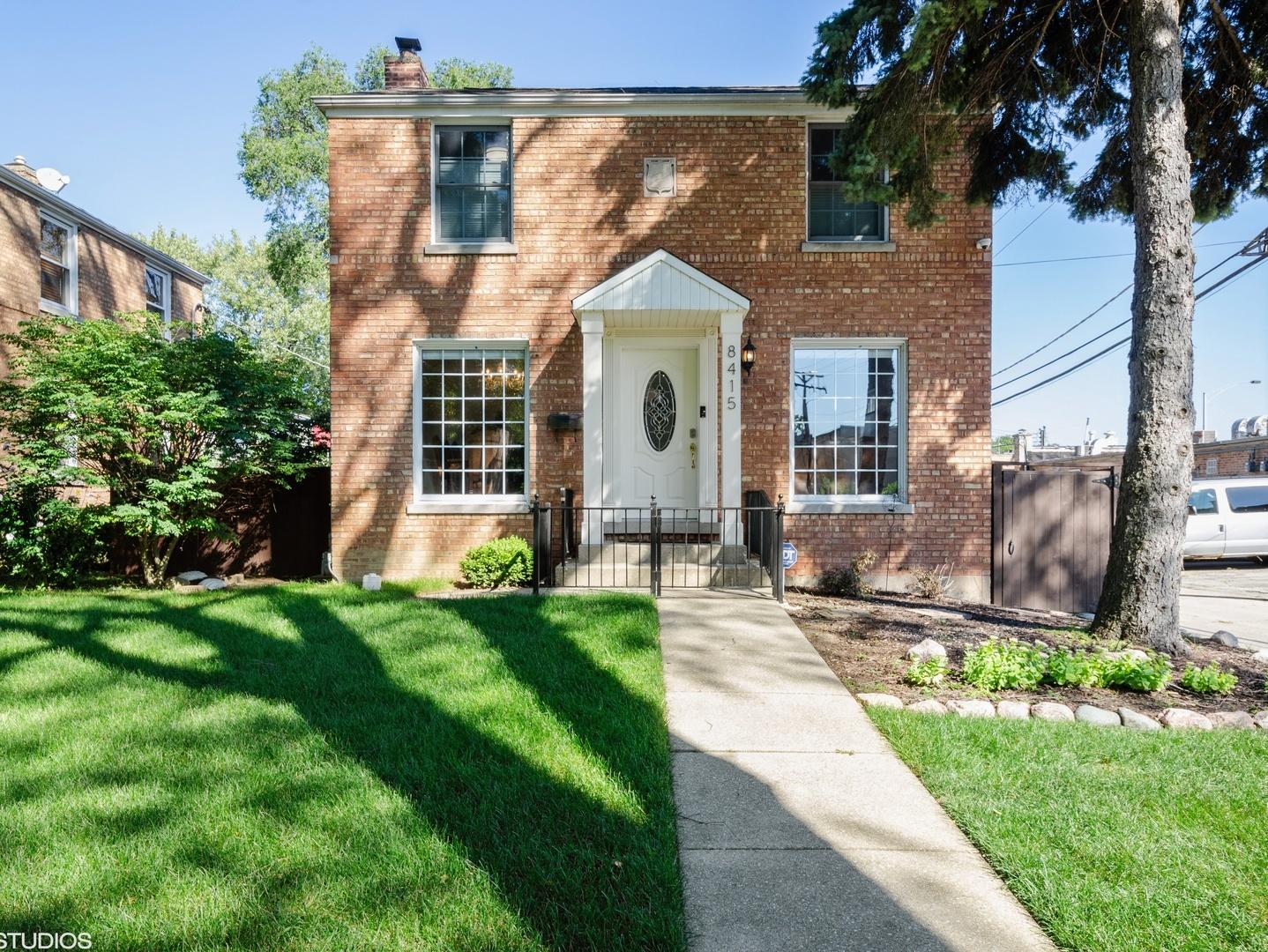 8415 Keystone Avenue, one of homes for sale in Skokie