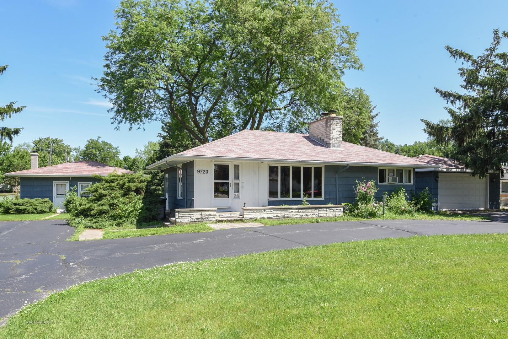 9720 West 58th Street, one of homes for sale in Countryside