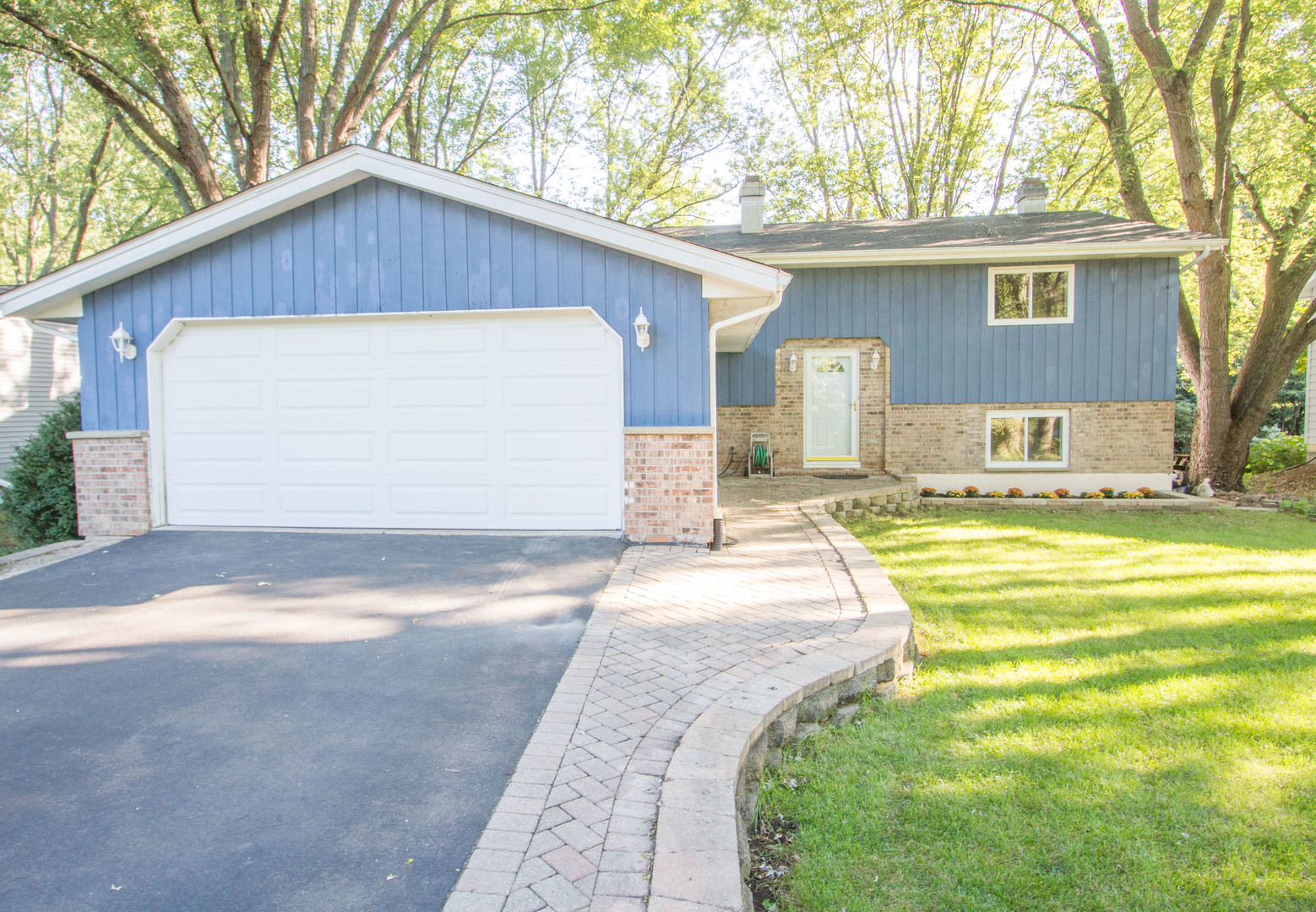 1080 KILLARNEY PASS Drive, Mundelein in Lake County, IL 60060 Home for Sale