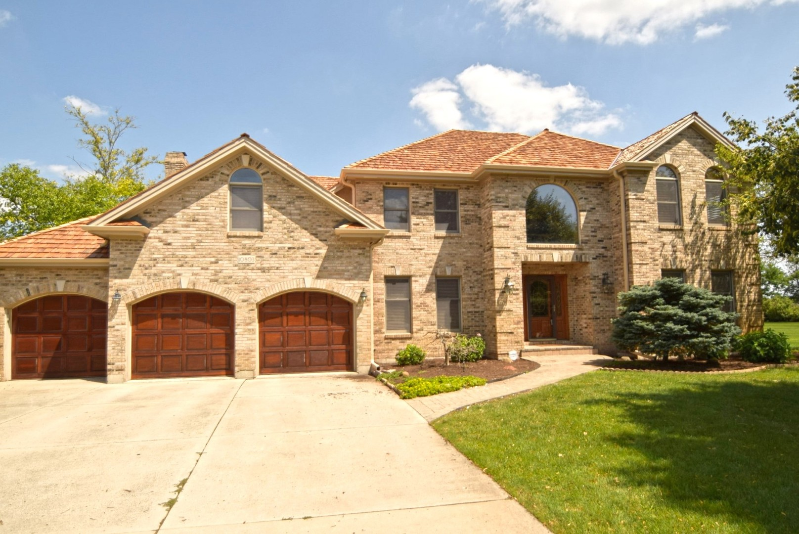primary photo for 10803 Royal Porthcawl Drive, Naperville, IL 60564, US