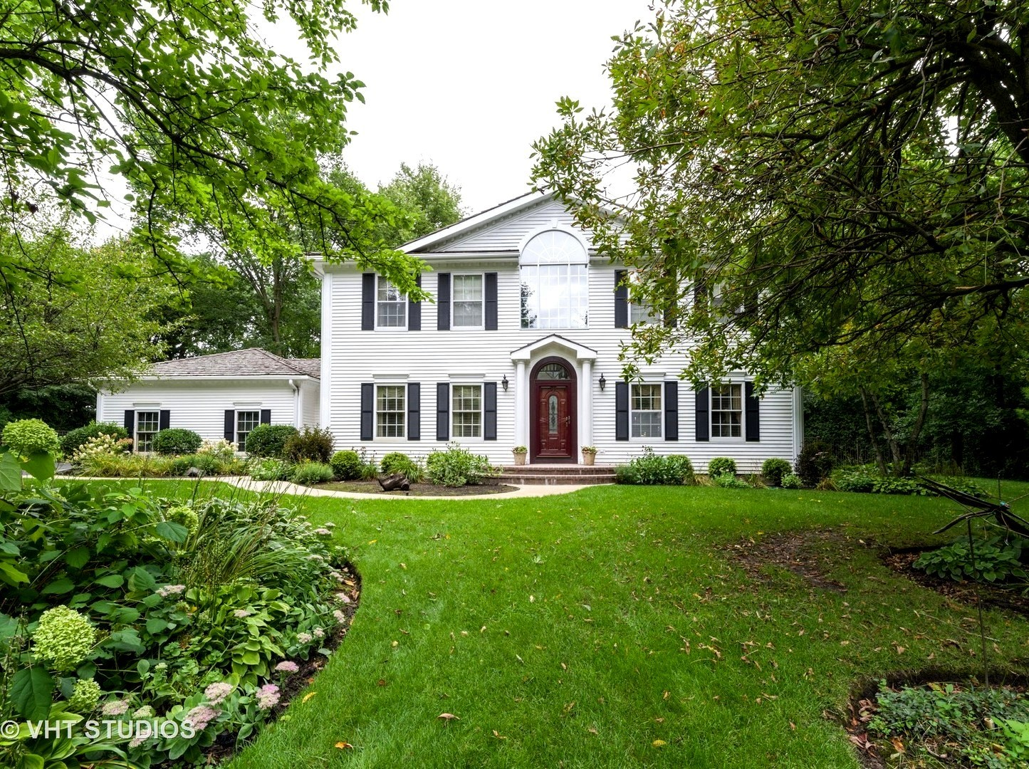 1530 Rudd Court, Libertyville, Illinois