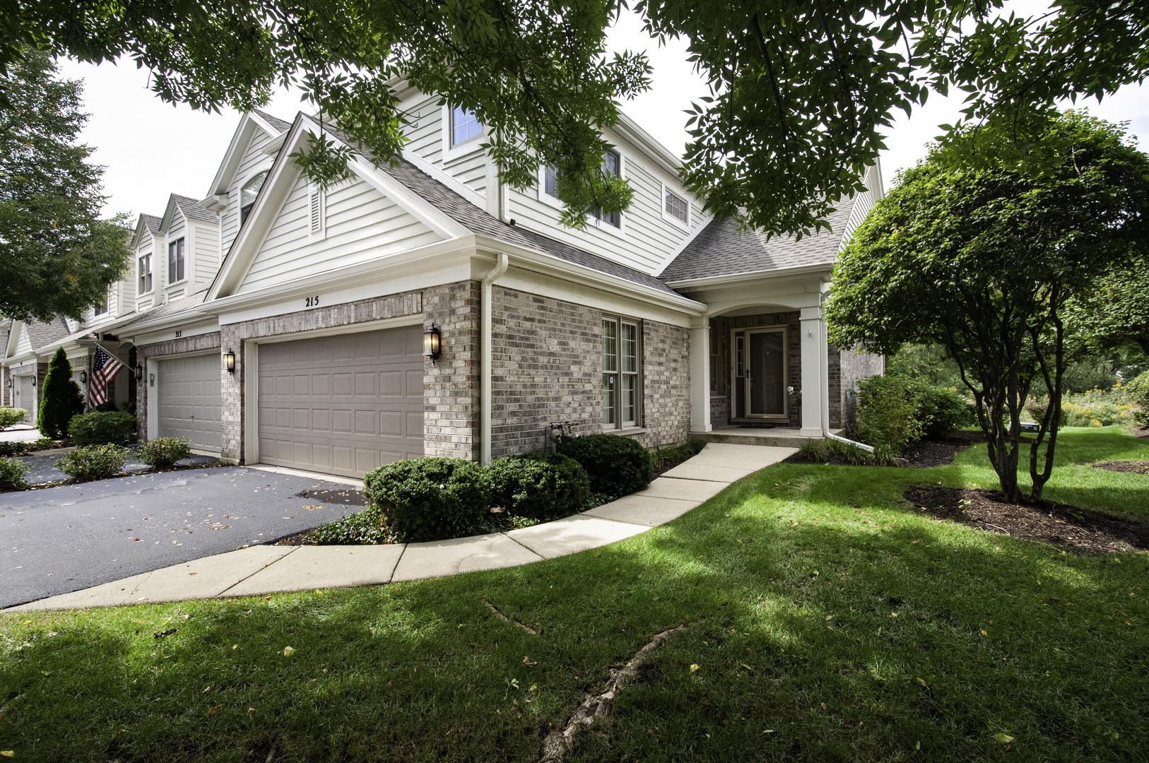 215 WILDFLOWER Lane, La Grange, Illinois