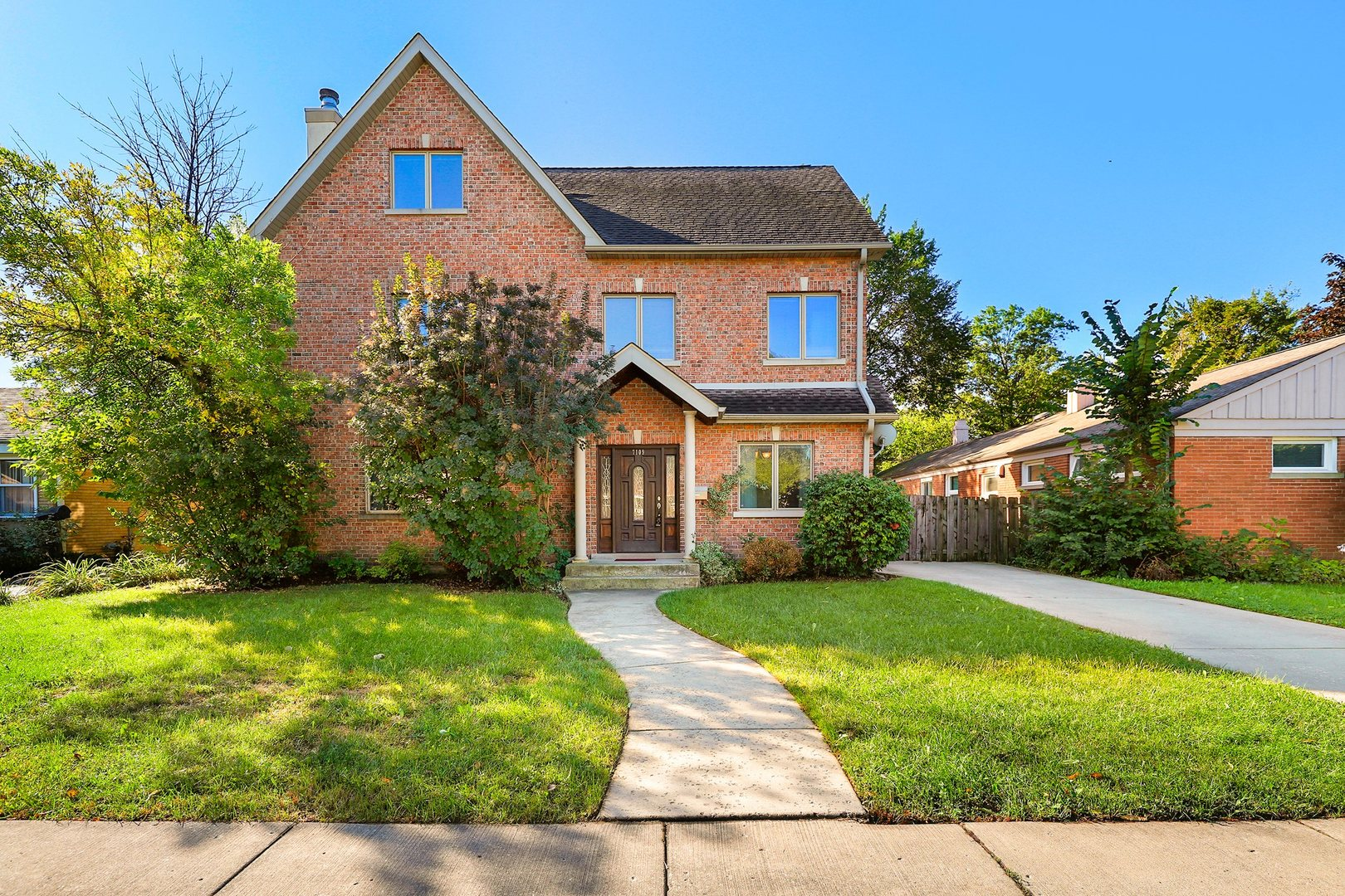 7109 Beckwith Road, Morton Grove, Illinois