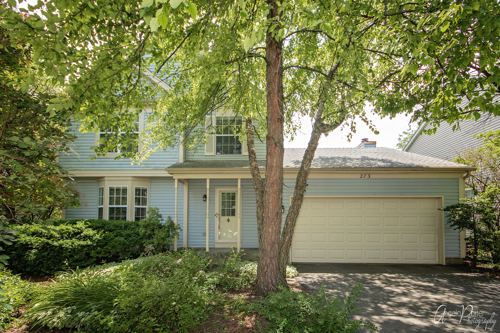 273 Bingham Circle, Mundelein, Illinois