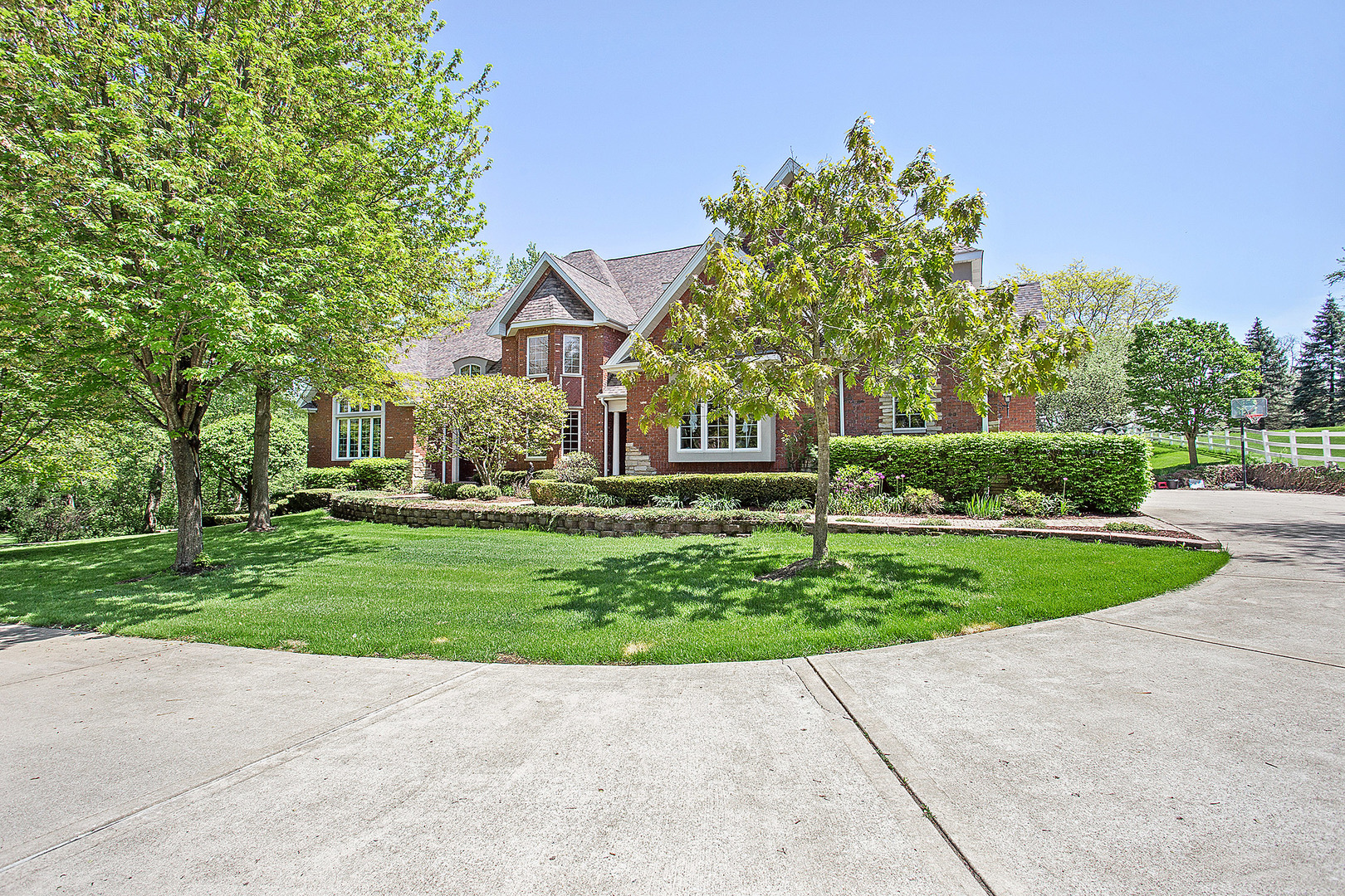 10801 Crystal Springs Lane, Orland Park, Illinois 5 Bedroom as one of Homes & Land Real Estate