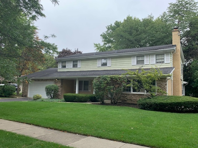 1431 Blackthorn Drive, Glenview in Cook County, IL 60025 Home for Sale