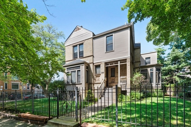 1054 West Oakdale Avenue, Chicago-Near West Side, Illinois