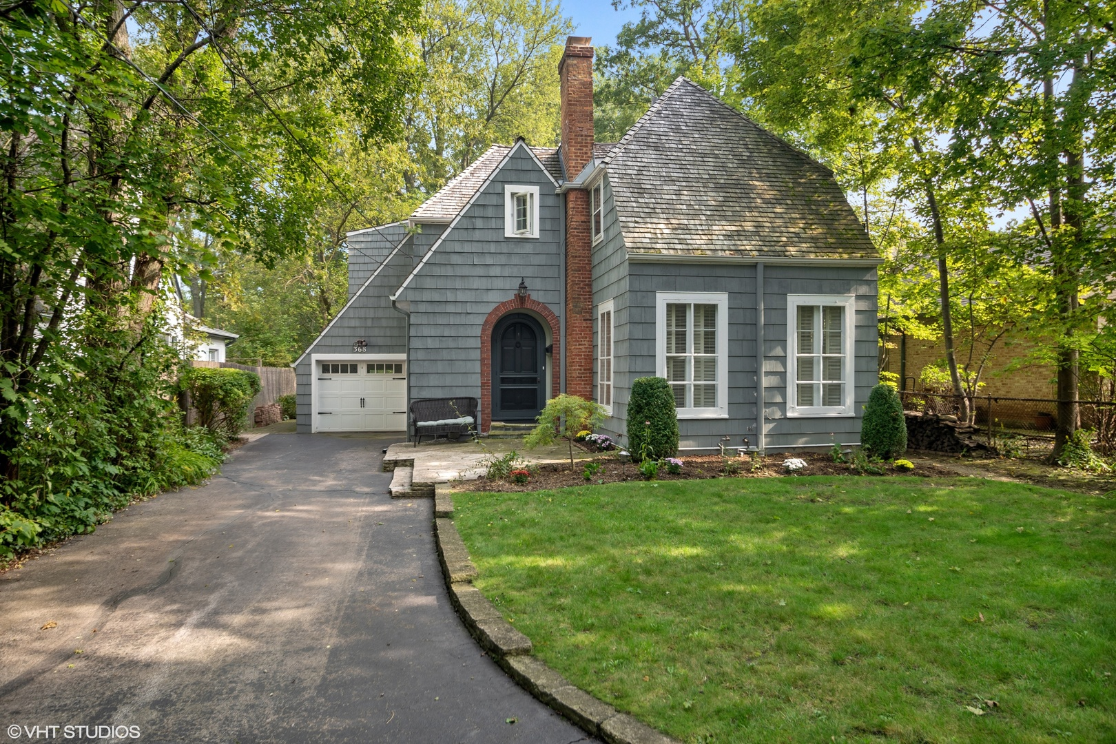368 Woodland Road, Highland Park, Illinois