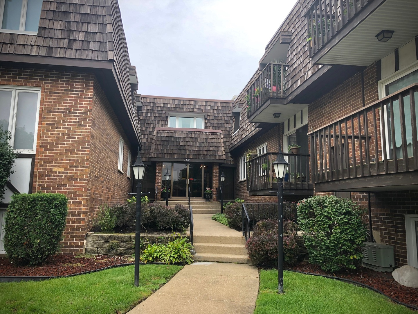 2300 West Talcott Road, Park Ridge in Cook County, IL 60068 Home for Sale