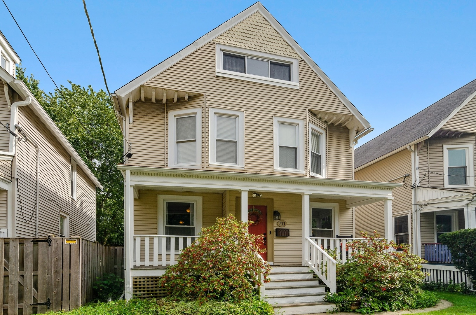 711 Custer Avenue, Evanston in Cook County, IL 60202 Home for Sale