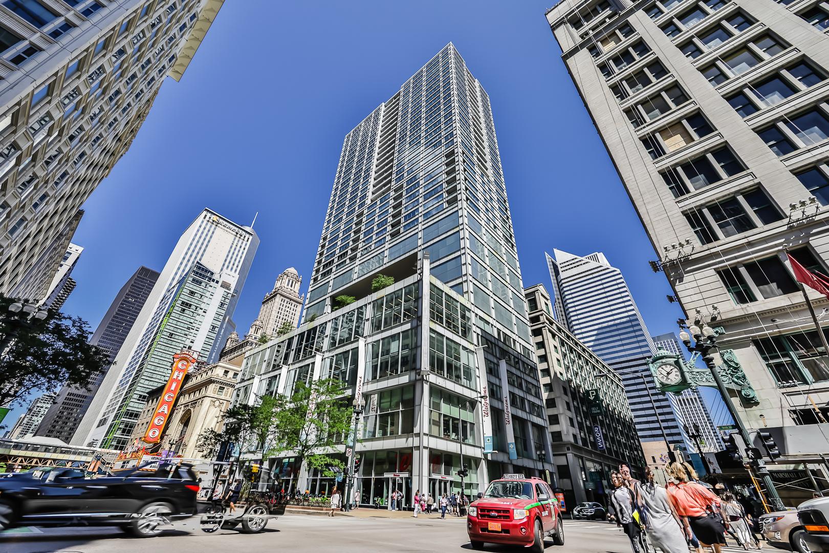 8 East Randolph Street, Chicago Loop, Illinois