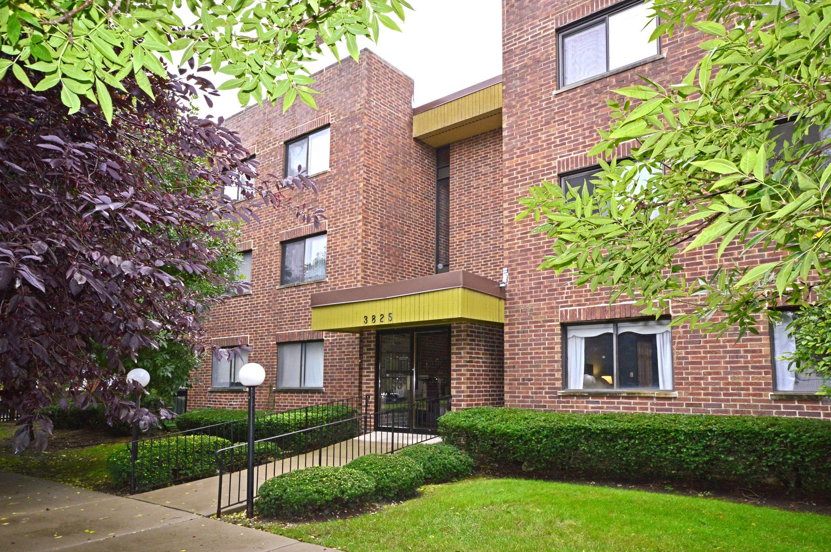 3825 West DEVON Avenue, North Park Chicago, Illinois
