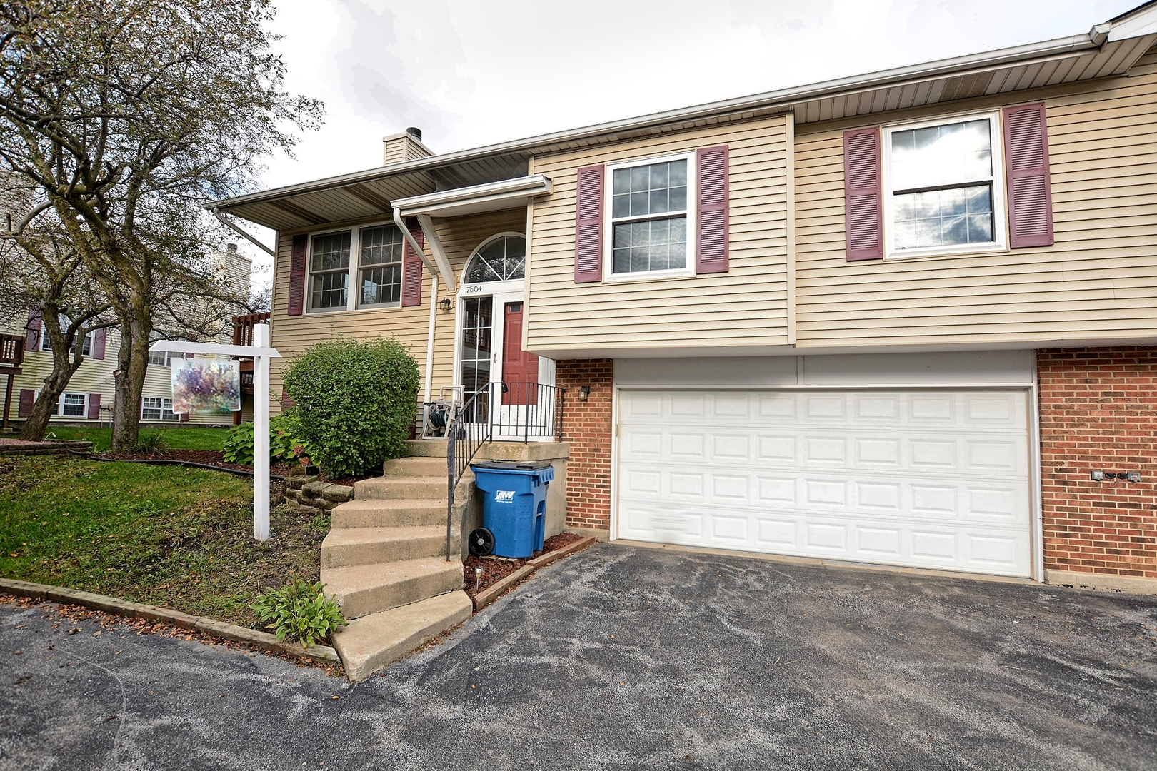 7604 West Saint Francis Road 60423 - One of Frankfort Homes for Sale