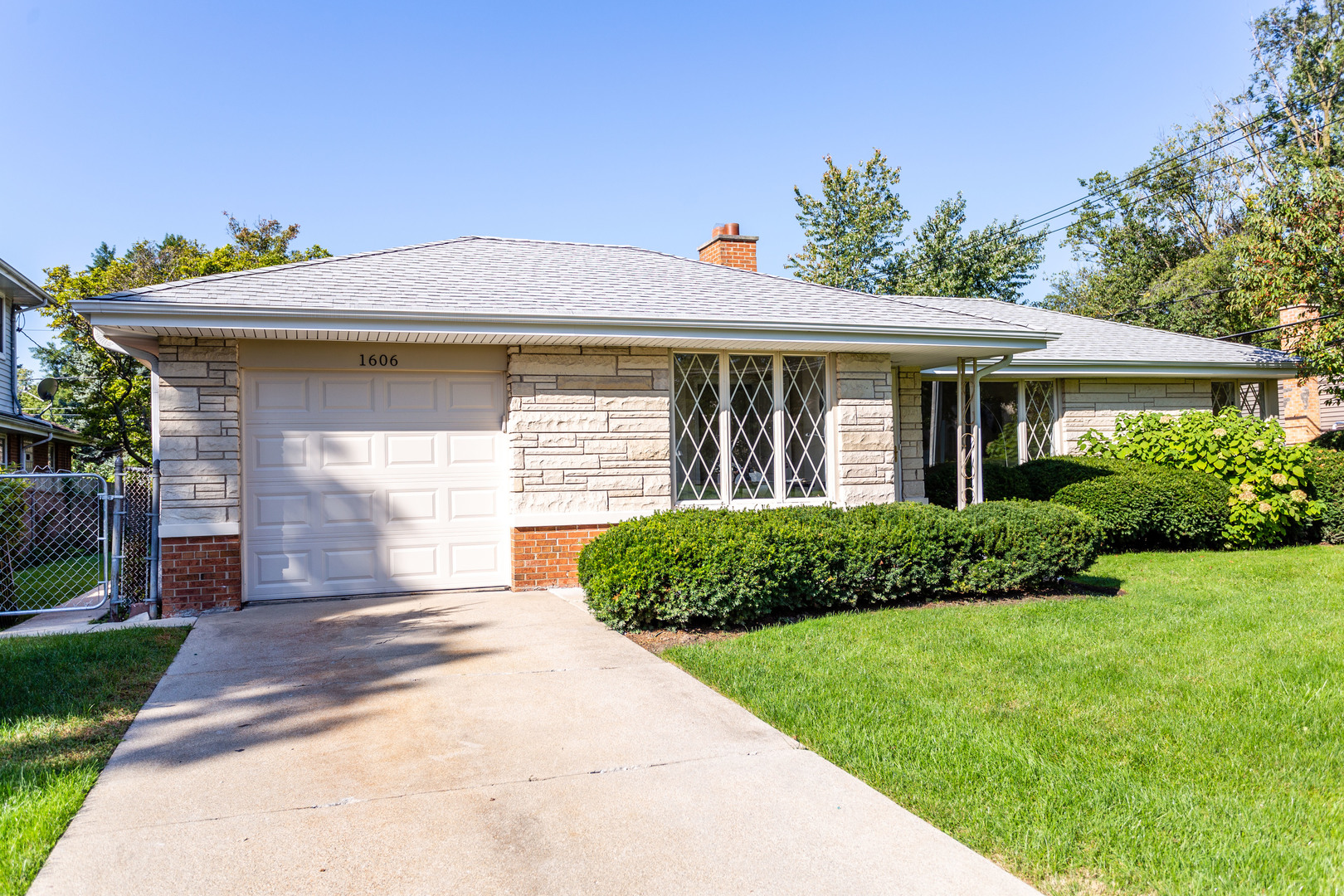 1606 Good Avenue, Park Ridge in Cook County, IL 60068 Home for Sale
