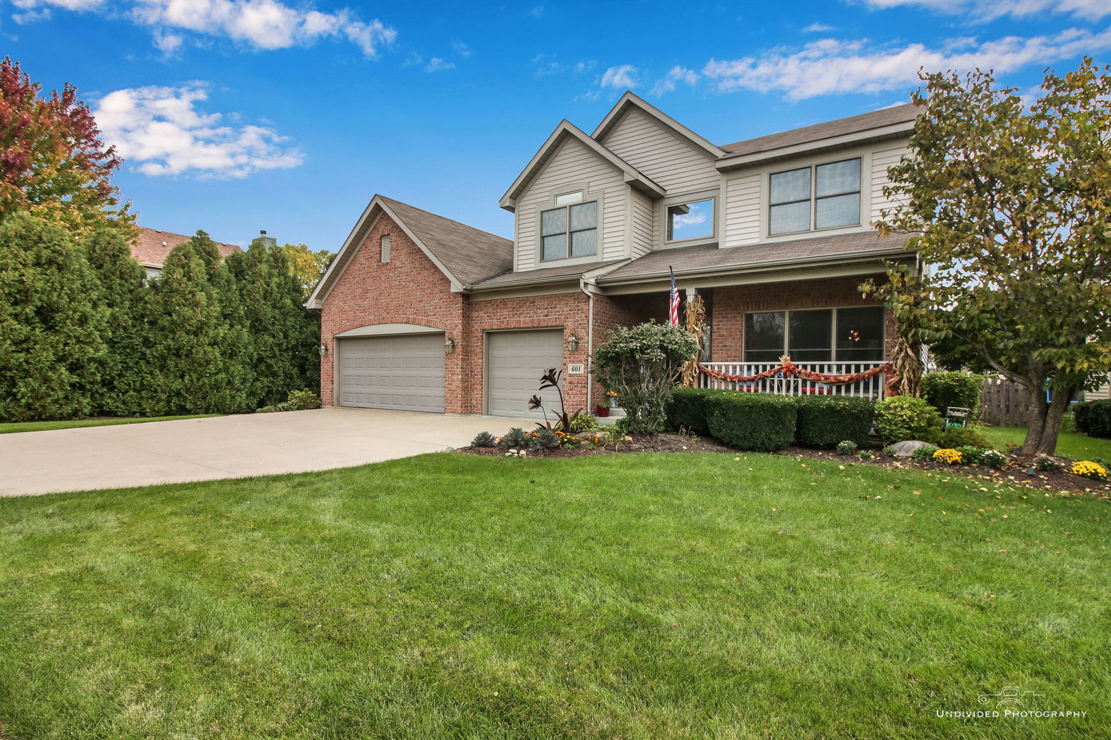 One of Antioch 5 Bedroom Homes for Sale at 601 Indian Ridge Drive