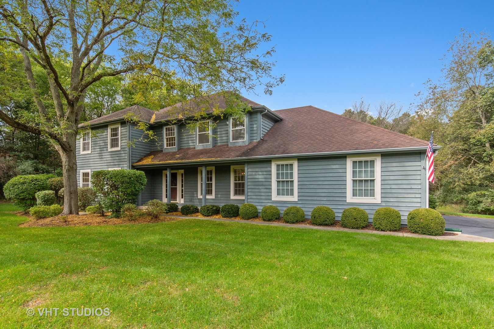 4010 Wyndwood Drive, Crystal Lake in Mc Henry County, IL 60014 Home for Sale