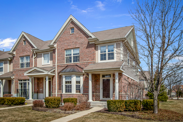 One of Buffalo Grove 3 Bedroom Homes for Sale at 2502 Waterbury Lane