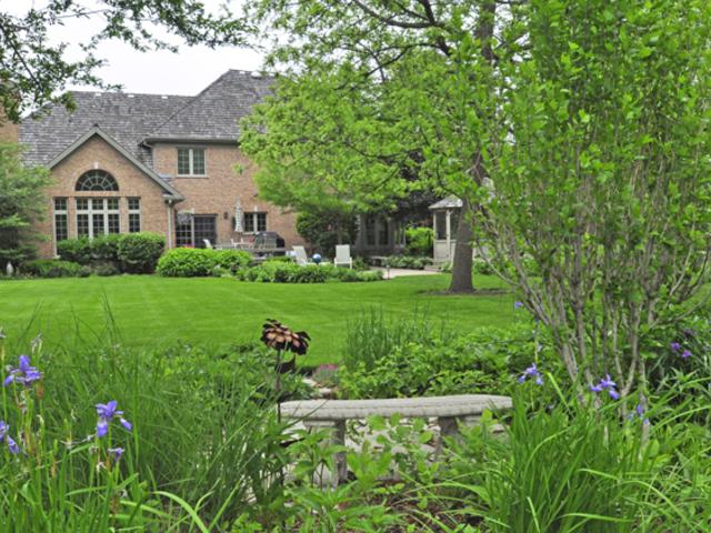650 Newcastle Drive, Lake Forest, Illinois