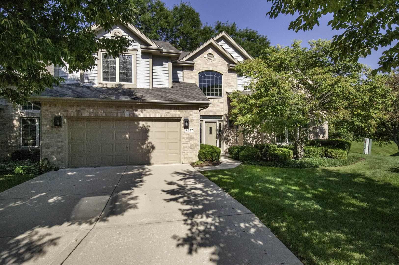 4837 CREEK Drive, Western Springs, Illinois