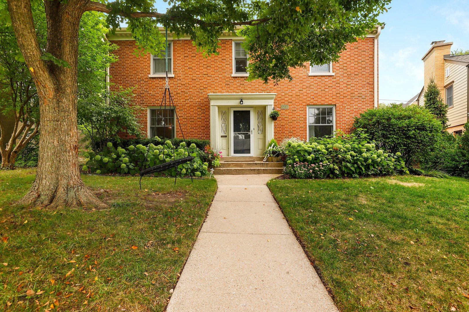 3231 Otto Lane, Evanston, Illinois