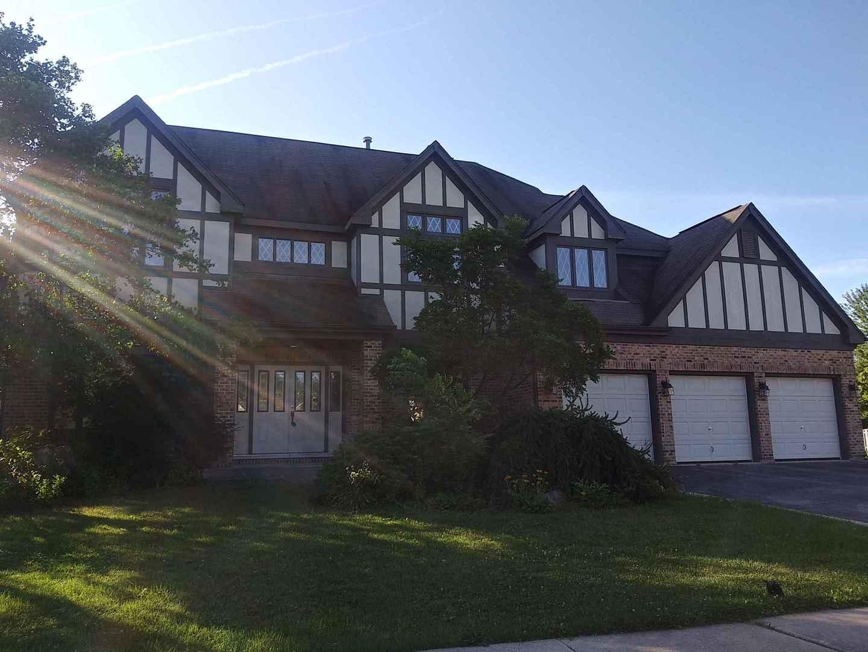 811 Ambria Drive, Mundelein, Illinois
