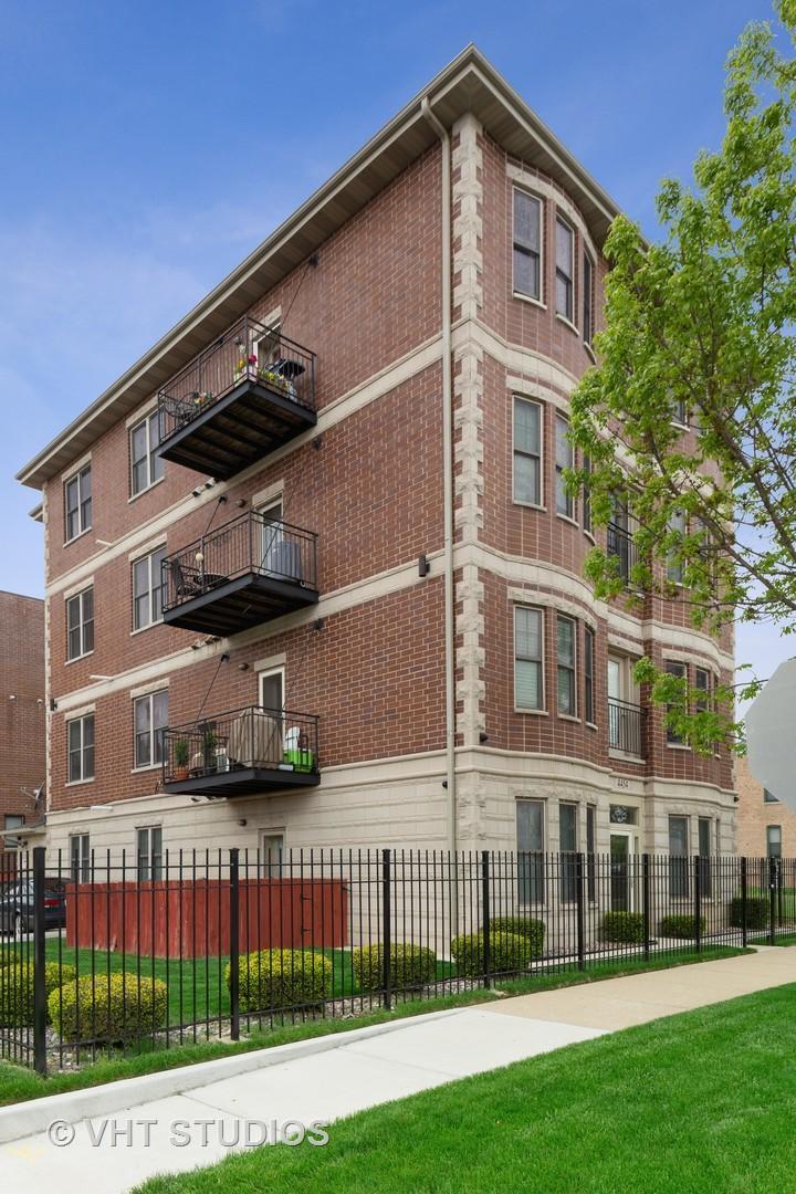 4454 South St Lawrence Avenue, Hyde Park, Illinois